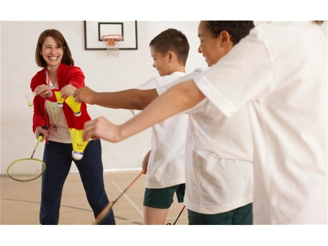 A Multi-Axis Approach to Physical Education