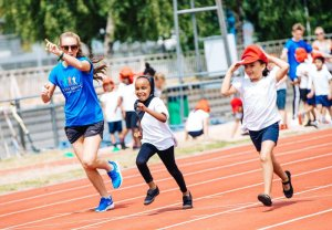 Former sports minister urges guarantees on £320m primary school PE funding
