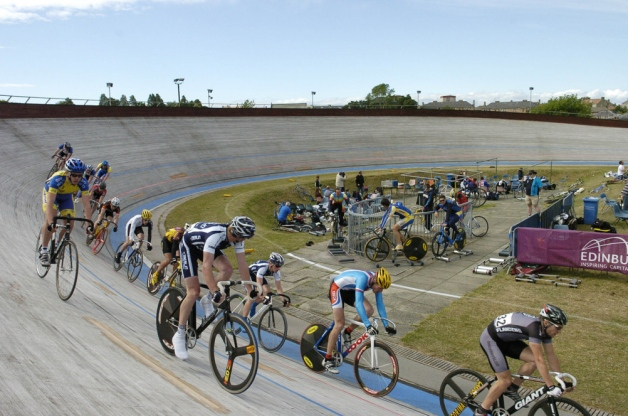 What does a city need with a velodrome? Sporting facilities and legacy: the Edinburgh Commonwealth Games, 1970 and 1986